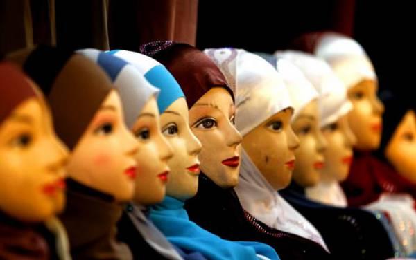 Запрет хиджабов в Европе ударит по бизнесу Кадырова