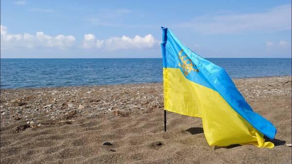 «Давайте наблюдать за ними и смеяться» — в Крыму отреагировали на новый план Киева по «возвращению» полуострова
